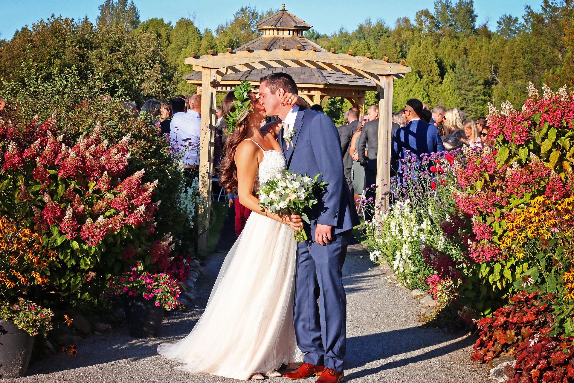 outdoor wedding durham ontario